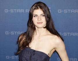 Alexandra Daddario to Recur on White Collar