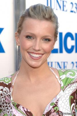 Melrose Place Spinoff Katie-cassidy_269x404