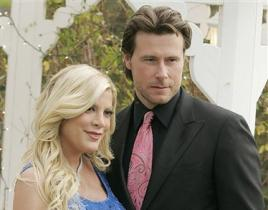 Inn Accurate: Tori Spelling, Dean McDermott Don't Really Own B&B