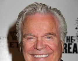 Robert Wagner to Be the Voice of Charlie's Angels