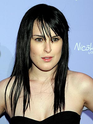 http://www.tvfanatic.com/files/rumer-willis.jpg