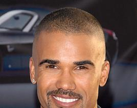 shemar moore 268x210 Shemar Moore: Naked, But Not Gay