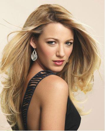 Fans agree that Blake Lively is both lovely