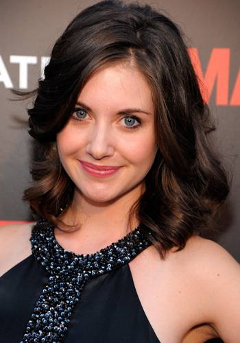 hot and sexy alison brie, hot alison brie in bikini, hot alison brie wallpapers and photos, hot alison brie boobs/breasts