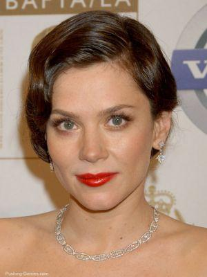 http://www.tvfanatic.com/images/gallery/an-anna-friel-picture.jpg
