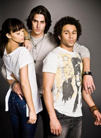 Corbin Bleu Speaks on The Beautiful Life, Character - TV Fanatic