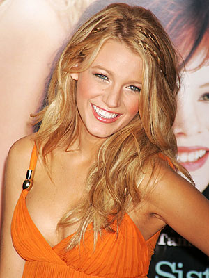 blake lively hair gossip girl. Here's how she says you can emulate Blake Lively's hair.