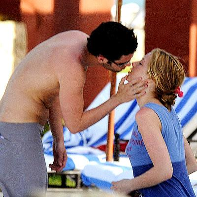 Blake Lively and Penn Badgley kiss while on vacation in Mexico in May 2008.