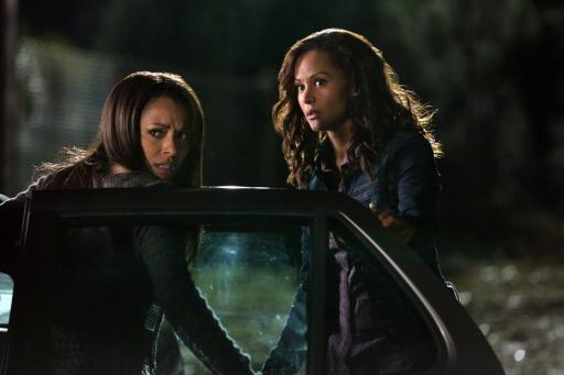 http://static.tvfanatic.com/images/gallery/bonnie-and-mother_512x341.jpg