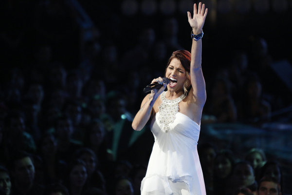 http://static.tvfanatic.com/images/gallery/cassadee-pope-top-10.jpg