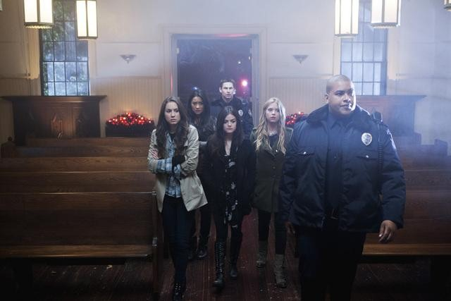 Pretty Little Liars - Season One Finale