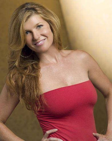 http://static.tvfanatic.com/images/gallery/connie-britton-of-friday-night-lights.jpg