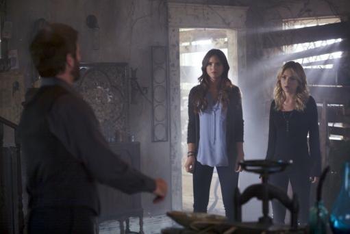 The Secret Circle Season Finale Pics: