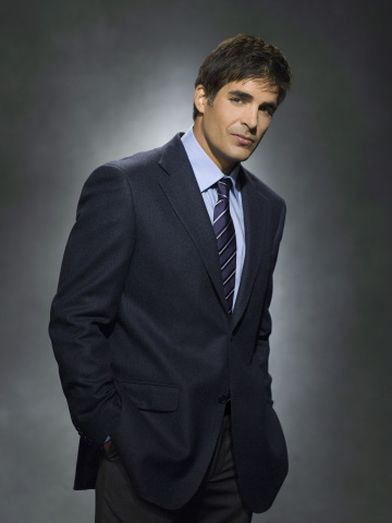 http://static.tvfanatic.com/images/gallery/galen-gering-as-rafe.jpg