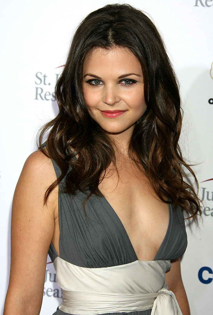 Ginnifer Goodwin - Gallery Colection