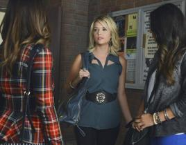 Pretty Little Liars Review: Who's Looking Cray-Cray Now