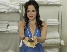 "Weeds Review: ""A Shoe for a Shoe"""