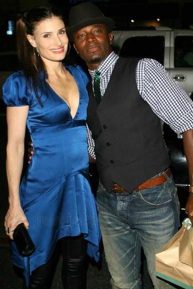 Taye Diggs and Idina Menzel Separate   Vibe  Idina Menzel And Taye Diggs Rent