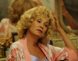 American Horror Story Scoop: Jessica Lange to Portray...