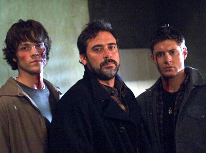 Supernatural - Page 4 John-winchester-and-sons