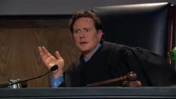 judge-reinhold-on-arrested-development_250x141.jpg