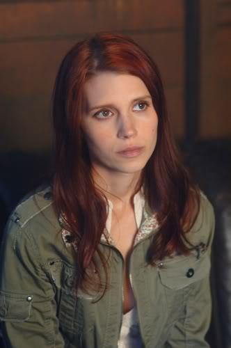 ¿Cómo sería tu personaje si...?  - Página 5 Julie-mcniven-on-supernatural