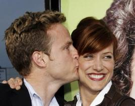 Kate Walsh, Alex Young at Knocked Up Premiere