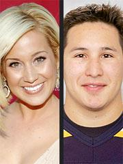 Kellie Pickler and Jordin Tootoo: A Happy Couple - TV Fanatic