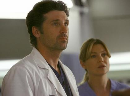 http://www.tvfanatic.com/images/gallery/mcdreamy-and-meredith_420x312.jpg