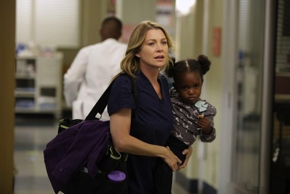 http://static.tvfanatic.com/images/gallery/mer-and-lil-zola.jpg