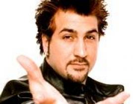 Joey Fatone to Co-Host Emmy Red Carpet Show