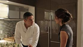 Reese Protects a Psychologist From Her Patient