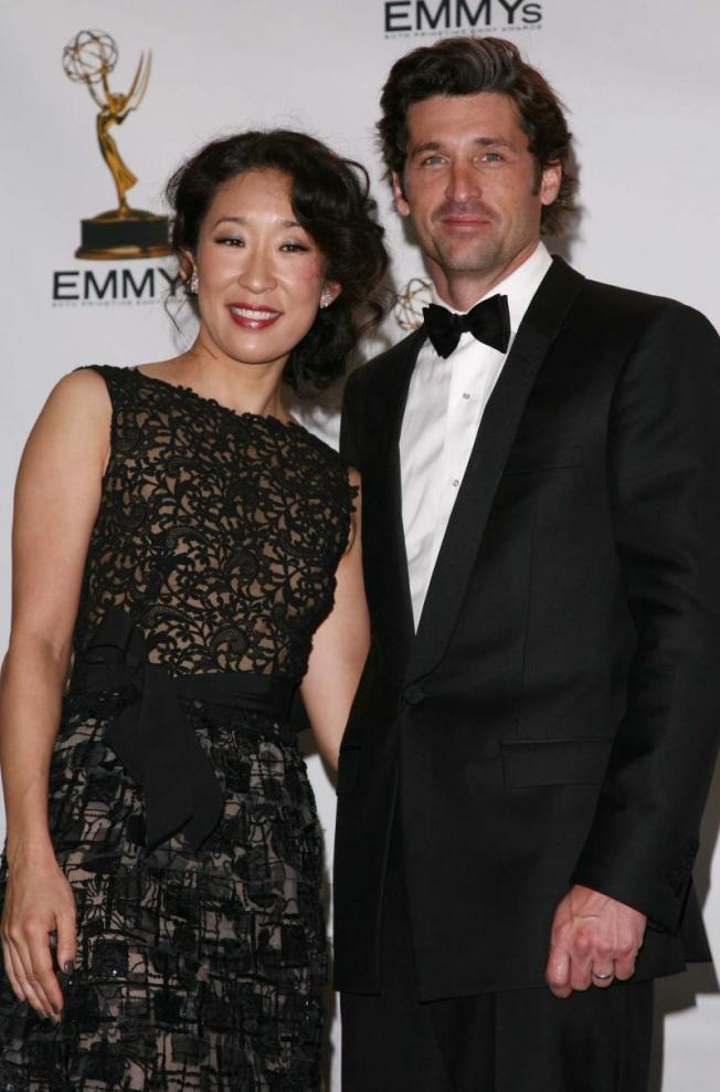 http://static.tvfanatic.com/images/gallery/sandra-oh-patrick-dempsey_652x988.jpg