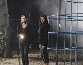 "Pretty Little Liars Summer Finale Review: ""A"" Strikes, Hits and Runs!"