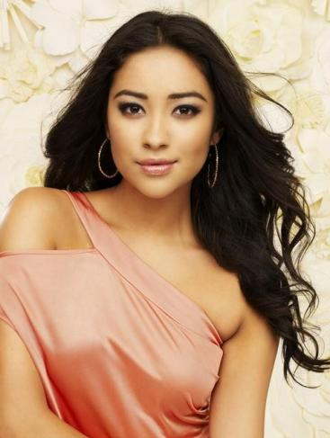 shay mitchell fotos. Shay Mitchell Photo