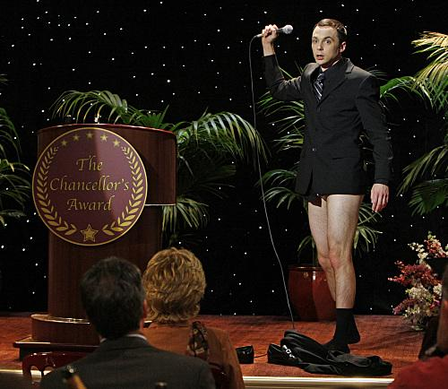 sheldon-cooper-no-pants_500x434.jpg