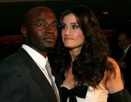 Taye Diggs, Idina Menzel Attend Charity Event