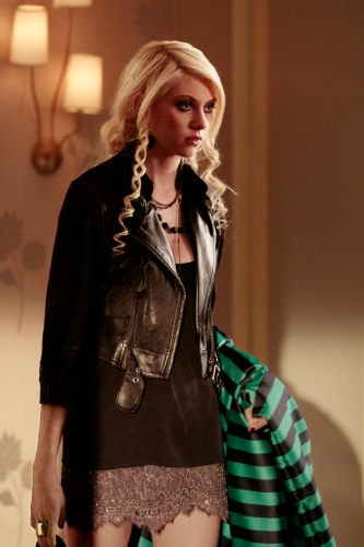 "Gossip Girl - Season 3 -  ""Ex-Husbands and Wives "" - Taylor Momsen as Jenny."