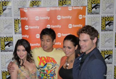 The Cast of Chloe King Comic Con 2011