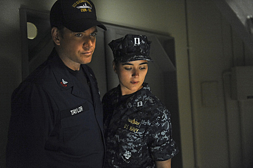 Tony and Ziva on Board - TV Fanatic
