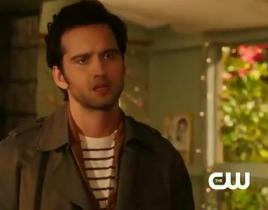 90210 Clip: A Selfish Showdown