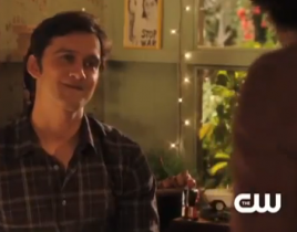 "90210 Clip: ""O Holly Night"""