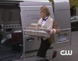 "Gossip Girl ""G.G."" Clip: Who Was That?"