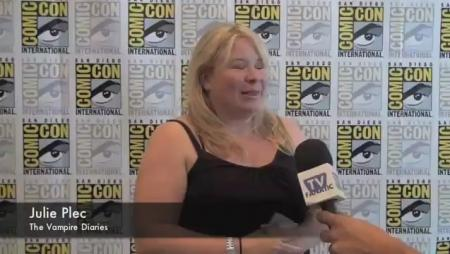 Julie Plec Comic-Con Interview