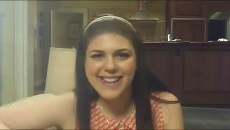 Molly Tarlov Interview